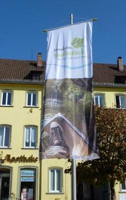 Fahne Digitaldruck auf dem Marktplatz in Hammelburg